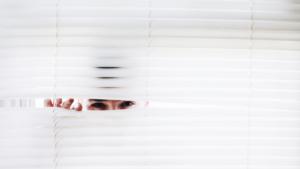 21 onhandige sociale angst gewoontes